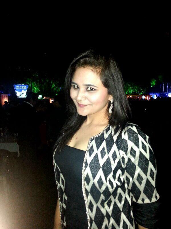 Deesha thakkar